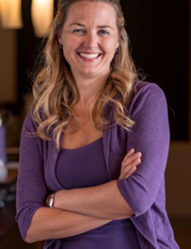 Dr. Lindsay  Heubner